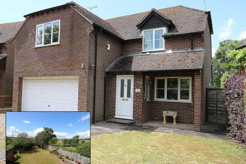 4 bedroom detached house for sale - Bucklebury, Berkshire - NO CHAIN