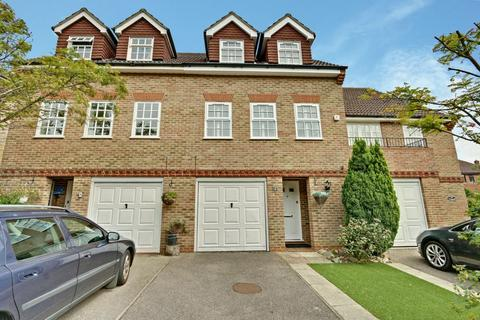 4 bedroom townhouse for sale - Lichfield Close, Cockfosters, EN4