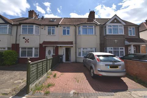 3 bedroom semi-detached house to rent - Hounslow, TW4