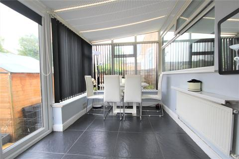 2 bedroom maisonette for sale - Kennedy Avenue, Enfield, EN3
