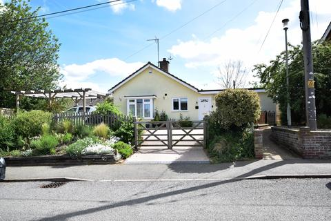 2 bedroom detached bungalow for sale - Broad Road, Wickham Market, Woodbridge IP13