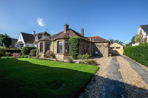 3 bedroom detached bungalow for sale - 23 House O Hill Road, Blackhall, Edinburgh, EH4 2AJ