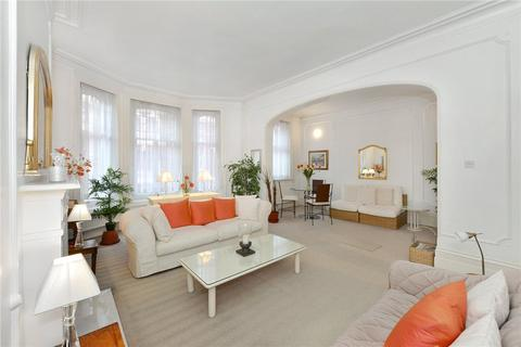 2 bedroom apartment for sale - Oxford & Cambridge Mansions, Transept Street