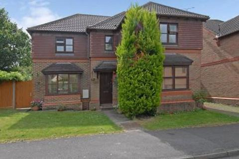 4 bedroom detached house to rent - Carnation Drive, Winkfield Row, RG42