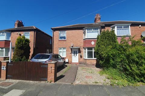 2 bedroom flat for sale - Angerton Gardens