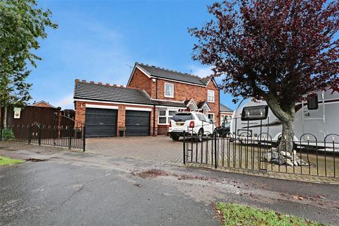 3 bedroom semi-detached house for sale - Canterbury Drive, Hull, East Yorkshire, HU8