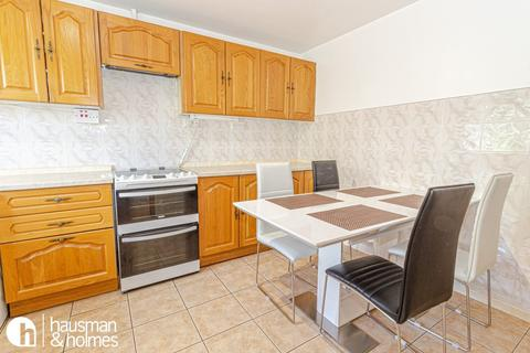 3 bedroom flat to rent - Nant Court, Golders Green