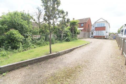 3 bedroom detached house for sale - Lowestoft Road, Worlingham, NR34