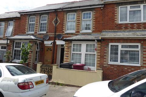 3 bedroom house to rent - Auckland Road, Reading