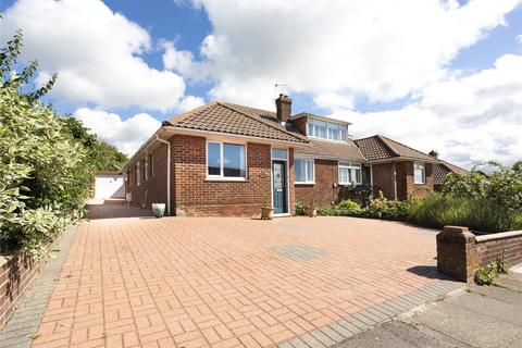 3 bedroom bungalow for sale - Hillside, Portslade, East Sussex, BN41