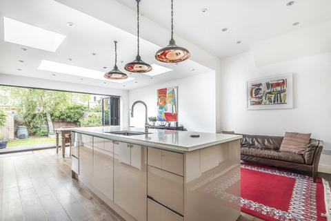 4 bedroom terraced house for sale - Valnay Street, Tooting