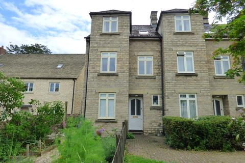 3 bedroom terraced house for sale - Beaufort Court, Cirencester, Gloucestershire