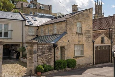 3 bedroom semi-detached house for sale - Upper Lansdown Mews, Lansdown, Bath, BA1