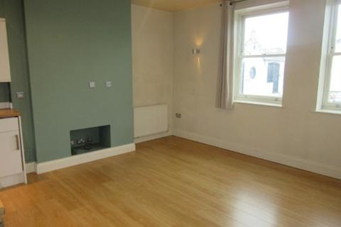 2 bedroom flat to rent - Cozens Court
