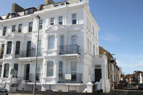 2 bedroom apartment for sale - Deal Seafront