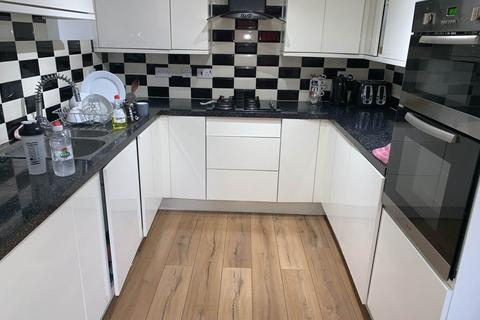 4 bedroom house to rent - Champs Sur Marne, Bradley Stoke, Bristol