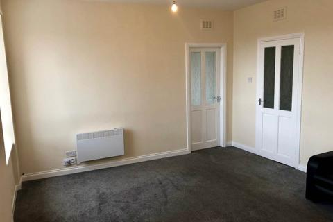 2 bedroom flat to rent - High Street (2/2), , Lochee
