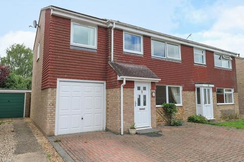 3 bedroom semi-detached house for sale - Farmstead Close, Histon