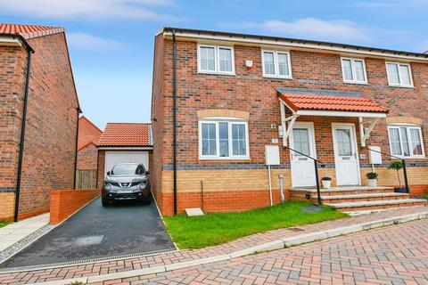 3 bedroom semi-detached house for sale - Swallow Crescent, Whitby