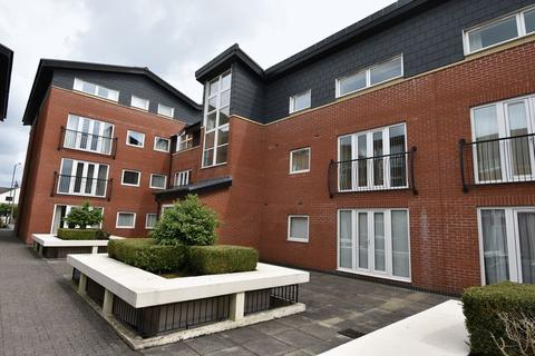 1 bedroom apartment to rent - Hill View Lodge Kingswood