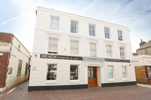 2 bedroom flat for sale - High Street, Deal