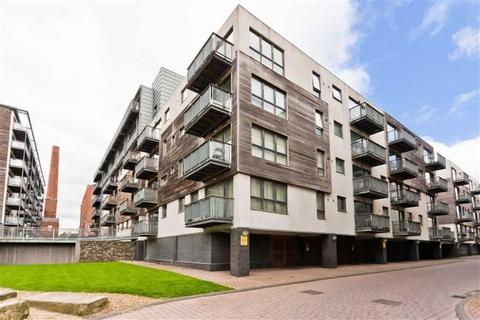 1 bedroom apartment to rent - Advent House, 1 Isaac Way, Manchester.