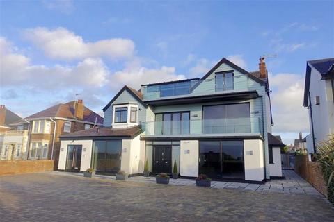 2 bedroom apartment for sale - Sandbanks, 157 Inner Promenade, St Annes On Sea