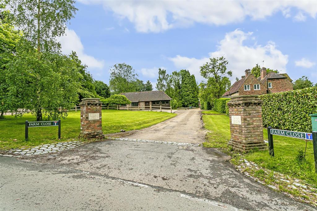 Bungalow farm close chipstead 104.jpg