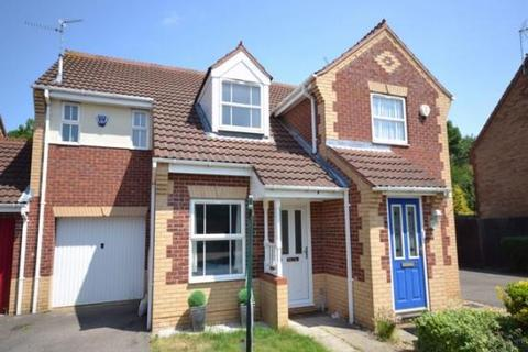 3 bedroom house for sale - Speyside Court, Orton Southgate, Peterborough