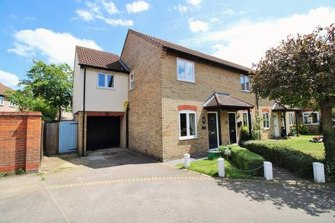 3 bedroom end of terrace house for sale - Darina Court, Dale Close, Stanway, CO3