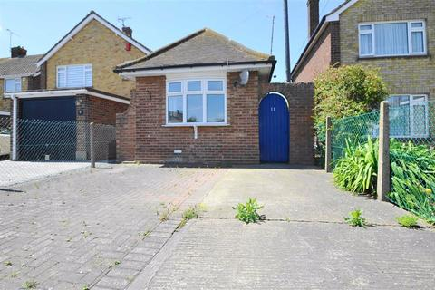 1 bedroom bungalow for sale - Little Wakering Road, Great Wakering