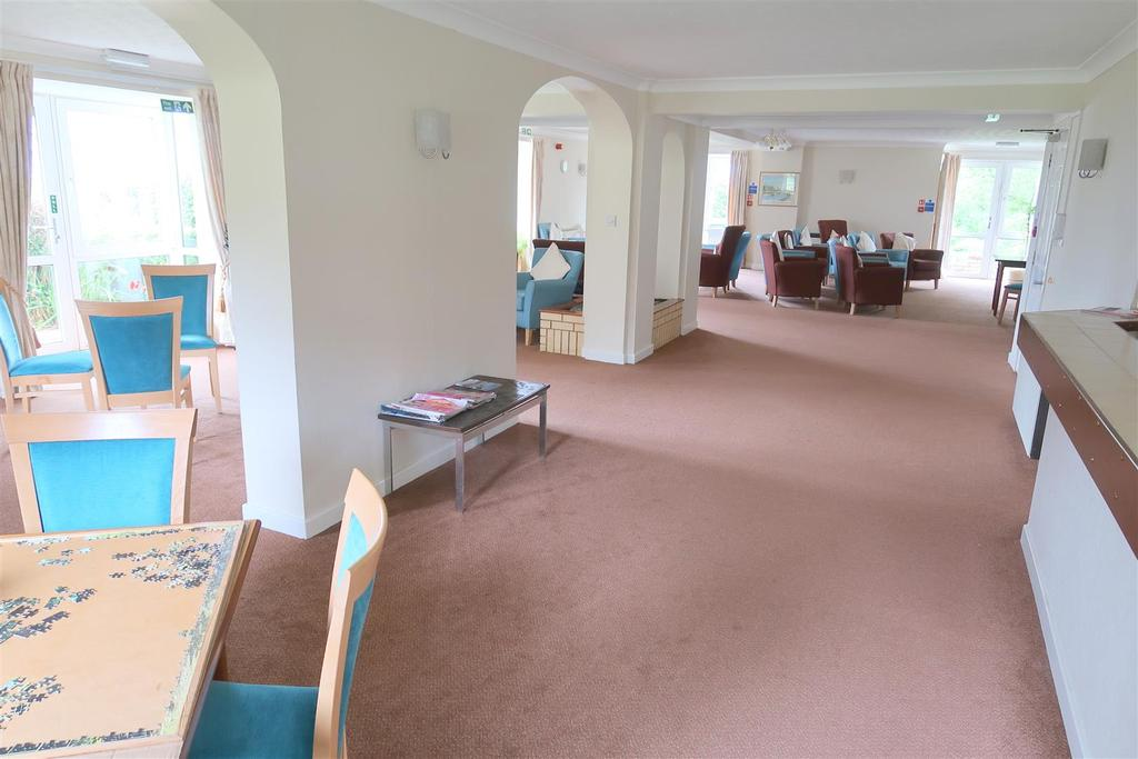 Communal Room.jpg