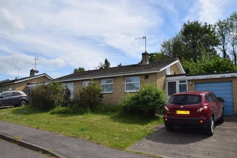 3 bedroom detached bungalow for sale - Homefield, Shortwood, Nailsworth, Stroud, GL6