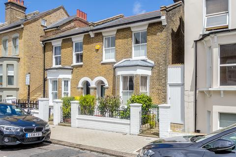 3 bedroom terraced house for sale - Althorp Road, London SW17