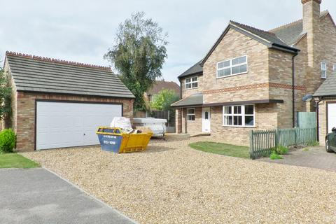 5 bedroom detached house to rent - Cranfield