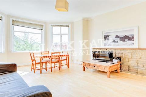 3 bedroom flat to rent - Fordwych Road