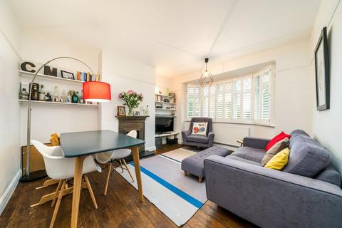 3 bedroom apartment to rent - Tulse Hill, London