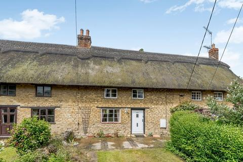 2 bedroom cottage for sale - Barnwell, Near Oundle, PE8