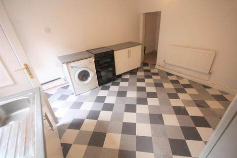 1 bedroom flat to rent - Sandhurst Road, Leeds, West Yorkshire, LS8