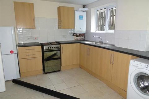 3 bedroom terraced house to rent - Commercial Street, Nantymoel, Bridgend, CF32 7NW