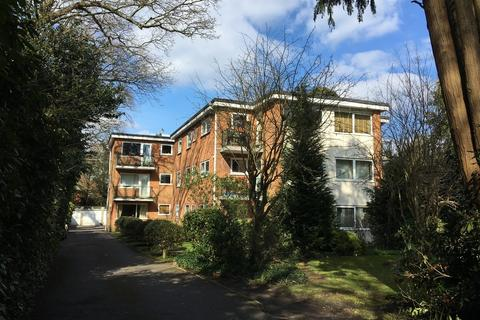 1 bedroom flat share to rent - Richmond Park Road, Bournemouth