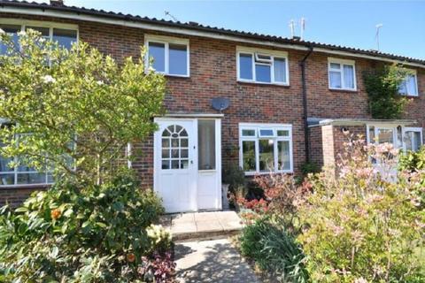 3 bedroom terraced house to rent - Cedar Close, Crawley, West Sussex. RH11 7SB