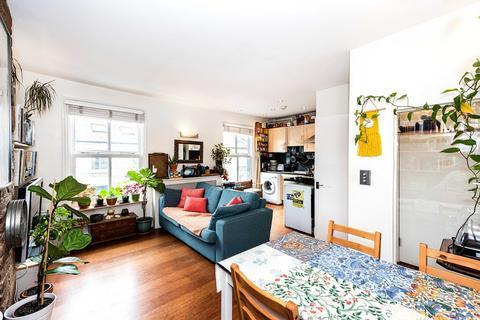 1 bedroom flat for sale - Victoria Park Road, London