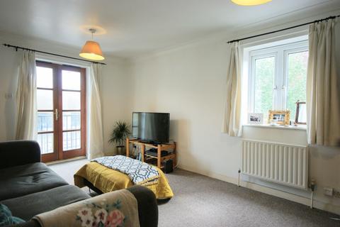 2 bedroom flat to rent - Bellmaker Court, E3