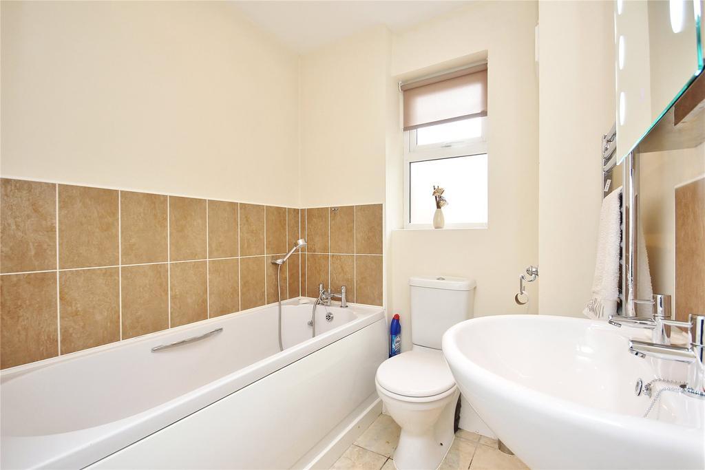 04 Bathroom