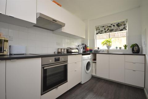 2 bedroom flat to rent - Belton Court, High Street, Weston, Bath, BA1