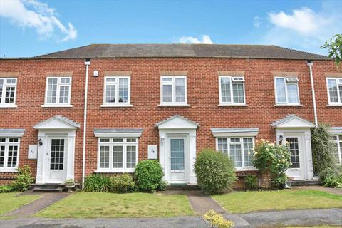 3 bedroom terraced house for sale - Dunboe Place, Shepperton