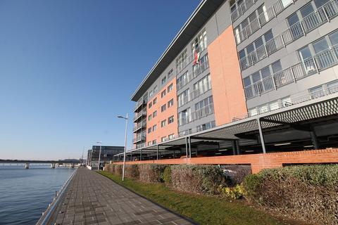 2 bedroom flat to rent - Marine Parade Walk, City Quay, Dundee DD1 3AU