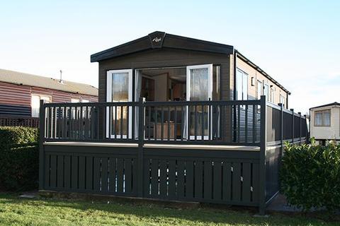 2 bedroom lodge for sale - Warwick Road Stratford Upon Avon