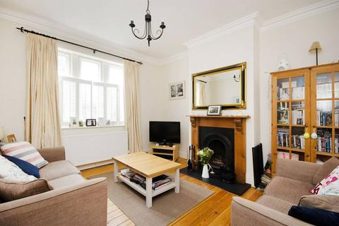 2 bedroom apartment to rent - Watts Street, Wapping, E1W